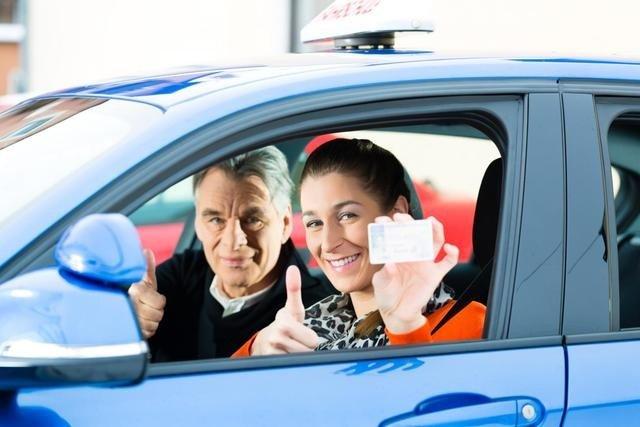 как ставят оценки инструктор по вождению