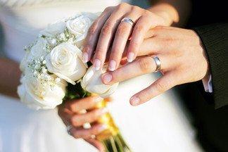 Россияне смогут жениться и разводиться в интернете
