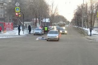 На Уралмаше водитель ВАЗа насмерть сбил женщину