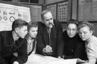 Литейщик с Уралмаша стал первым в регионе Героем Труда