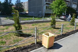 Работы по созданию пешеходной части улицы Уральских Рабочих близки к завершению
