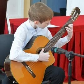 Гран-при фестиваля детского художественного творчества «Уральские родники»