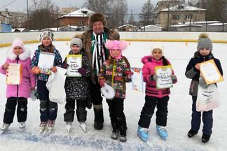 В посёлке Садовом проведены соревнования по конькобежному спорту для школьников