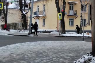 Демонтирована торговая точка, самовольно установленная на улице Краснофлотцев