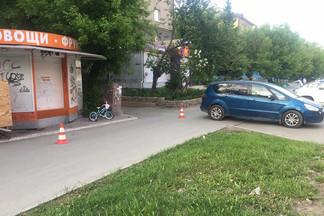 В Екатеринбурге с разницей в 40 минут автомобилисты сбили двоих девочек, пяти и девяти лет