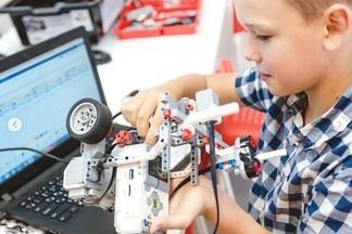 IT школа АКАДЕМИИ ТАЛАНТОВ на Уралмаше приглашает на занятия по программированию и робототехнике!