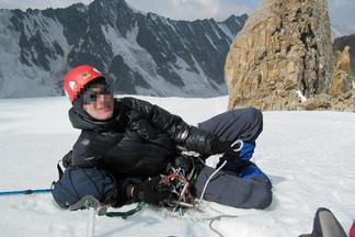В Екатеринбурге подростки избили альпиниста, отобрав у него снаряжение на 25 тысяч рублей