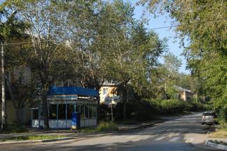 На Уралмаше в Екатеринбурге демонтировали два незаконных торговых павильона
