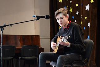 «Я - патриот»: в УрТАТиС прошли сразу два конкурса талантов
