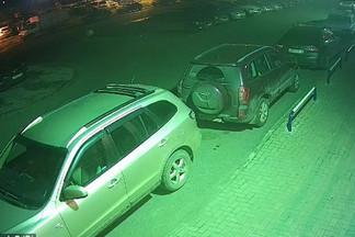 На Эльмаше угонщики уехали на чужой Toyota Camry, но попали на видео