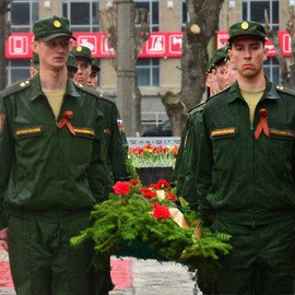 Праздничные мероприятия на площади Первой Пятилетки 9 мая