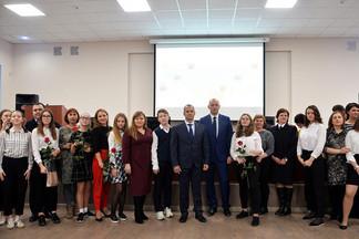 «Мы – граждане России»: в Администрации состоялась церемония вручения паспортов
