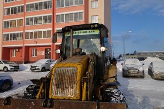 В ЛСР рассказали, что сдали землю под парковку на Эльмаше в аренду и всё равно поставят там забор