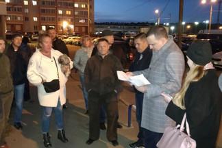 Депутат Дмитрий Ионин помог жителям екатеринбургского ЖК запретить строительство дома вместо паркинга
