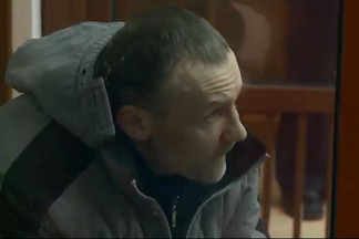 Маньяка из 90-х начали судить в Екатеринбурге за несколько изнасилований и убийство