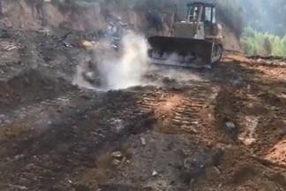 Снова дымит: жители Уралмаша задыхаются из-за незаконной свалки