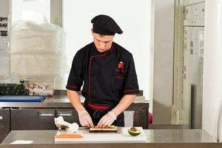 Приглашаем мойщицу-уборщицу для работы в ресторане доставки Сушкоф