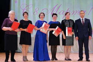 Концерт, посвященный Международному женскому дню, состоялся в ЦК «Эльмаш»
