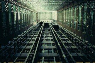 На каком этаже в этом доме чаще всего нажимается кнопка вызова лифта?