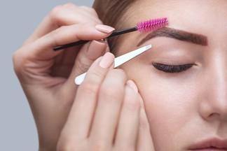 Салон красоты ОРИГАМИ: дарим окрашивание и коррекцию бровей