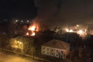 В Екатеринбурге сгорел седьмой барак за месяц