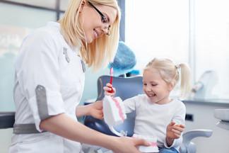 Детский стоматолог: как подготовиться к первому визиту