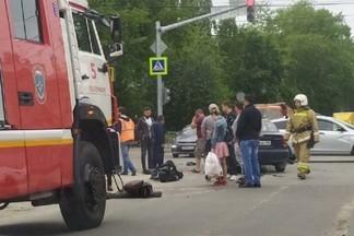 Появилось видео того момента, когда Lanos сбил мотоциклиста на Эльмаше
