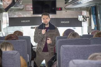 Алексей Вихарев организовал поездку на Ганину яму для жителей Орджоникидзевского района