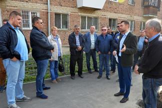 Формирование городской среды: комиссия приняла работы во дворе на проспекте Космонатов