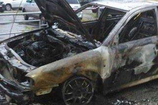 Ночью на Уралмаше подожгли машины, принадлежавшие активистке по борьбе с УК