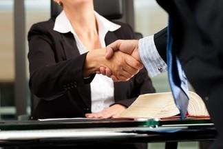 АДВОКАТСКАЯ КОНТОРА №43 предлагает практикующим адвокатам место в офисе