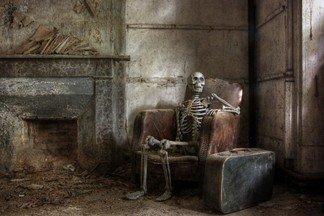 В квартире на Уралмаше нашли скелет женщины