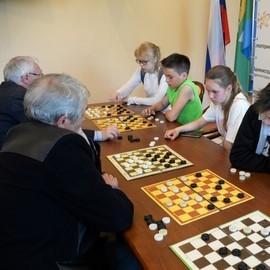 Турнир по шашкам в Администрации Орджоникидзевского района