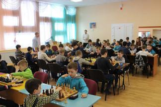 Завершился шахматный турнир «Открытый командный чемпионат Орджоникидзевского района»