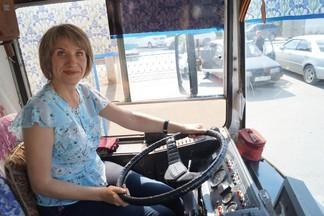 """""""Я получаю удовольствие от вождения"""": один день из жизни водителя троллейбуса"""