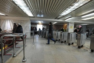 Екатеринбуржцев предупредили о закрытии вестибюля станции метро «Уралмаш»