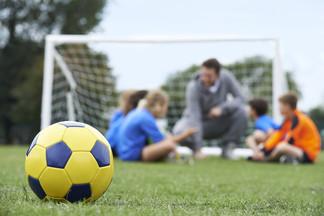 Футбольная школа ЮНИОР набирает в команду тренеров