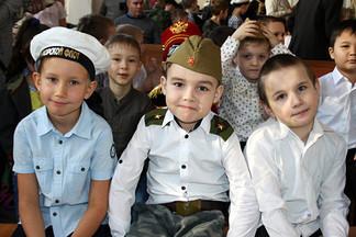 В Орджоникидзевском районе проходит Месячник защитников Отечества