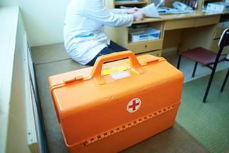 В Екатеринбурге бездомный умер в 200 метрах от больницы. СКР проводит проверку
