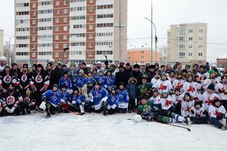 Победителем V хоккейного турнира на кубок «ЮИТ Уралстрой» стала команда «Луч»