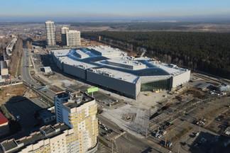 Открытие гигантского  торгового центра на Эльмаше перенесли на месяц