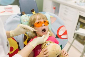 УРСУЛА: лечение кариеса молочных зубов у детей