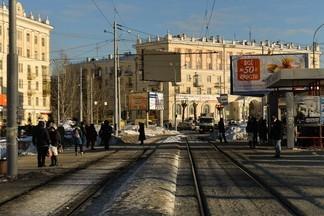 """Улицы нашего городка: где женщины мостили дорогу камнями, а """"Смысловые галлюцинации"""" убирали снег"""