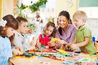 Требуется младший воспитатель с дошкольным образованием