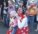 Игорь Володин организовал яркие семейные праздники в двенадцати дворах Орджоникидзевского района, фото № 44
