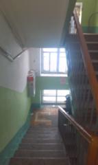 Продажа жилой недвижимости АЛЛС АН Продается трехкомнатная квартира по адресу: МАНЕВРОВАЯ 15