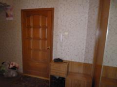 Продажа жилой недвижимости АЛЛС АН Продается трехкомнатная квартира по адресу: КР.КОМАНДИРОВ 32