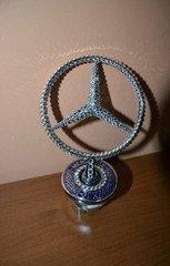 "Fabrika Masterov Эмблема ""Mercedes-Benz"" с кристаллами Swarovski"