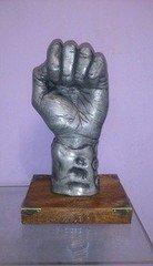 Fabrika Masterov Статуэтка Скульптура Кулак Власти