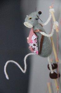 Fabrika Masterov Мышки - воришки В БОТИНКАХ))) магнит на холодильник - фото 3